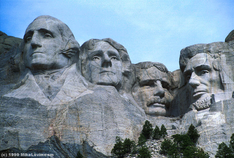 http://www.mikelevin.com/MountRushmore.jpg